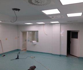 Stavebné úpravy priestorov spojené s inštaláciou novej vzduchotechniky chirurgického operačného sálu 3. NP v Nemocnici arm. Gene